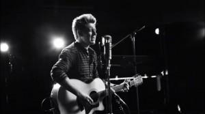 Niall Horan sorprende al mundo lanzando sin aviso su primer single como solista