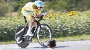 """Vincenzo Nibali: """"Si alguien puede ganar Giro y Tour, ese es Alberto"""""""