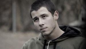 Nick Jonas es un luchador de MMA en 'Kingdom'