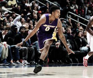 Los Lakers resurgen del infierno con Kobe Bryant ascendiendo al olimpo
