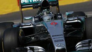 Mercedes abre y cierra la tabla de tiempos en los Libres 3