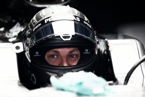 """Nico Rosberg: """"Estamos pendientes de Ferrari"""""""