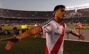 Teo y van dos, el colombiano marcó gol otra vez ante Rosario