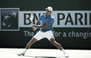 Djokovic arrolla a Murray y defenderá título en Indian Wells