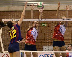 Victoria del CVB Barça y con la mente en la Challenge Cup