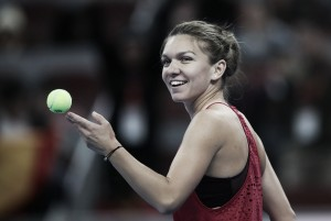 Halep firma su primera victoria sobre Sharapova