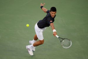 ATP Cincinnati: Djokovic con fatica, fuori Tsonga