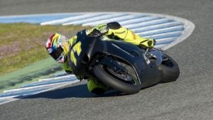 Kenny Noyes prueba un prototipo de Kawasaki en Jerez