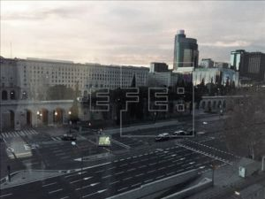 Un paquete sospechoso obliga a desalojar la estación de Nuevos Ministerios