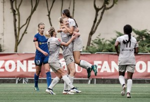 Samantha Mewis' brace completes North Carolina Courage sweep of Seattle Reign FC