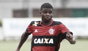 Flamengo faz mudanças na lista da Sul-Americana; Lincoln e Klebinho são inscritos