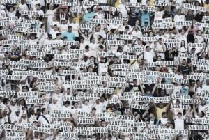 Análise: Pacaembu ou Vila Belmiro? Qual o melhor estádio para a equipe santista jogar