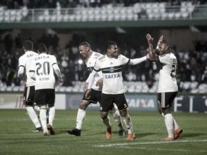"""Eduardo Baptista admite atuação ruim apesar de vitória do Coritiba: """"Não foi um jogo vistoso"""""""