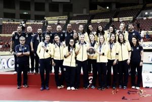 Brasil vence Estados Unidos e fatura medalha de prata na Copa dos Campeões de Vôlei