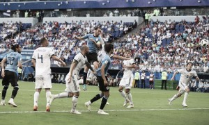 Russia 2018 - L'Uruguay mostra i muscoli: Russia battuta e primo posto nel girone A (3-0)