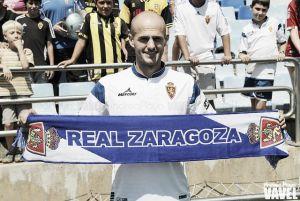 Fotos e imágenes de la presentación de Vullnet Basha con el Real Zaragoza