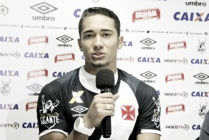 Presidente Nelson Mufarrej confirma chegada de volante Jean, ex-Vasco, ao Botafogo