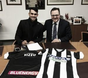 Felipe Vizeu é anunciado como novo reforço da Udinese; vínculo se estende por cinco temporadas