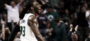 Gran remontada de Boston y ventaja en la serie