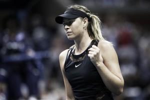 Após 19 meses longe de Slams, Sharapova estreia no US Open com vitória alucinante contra Halep
