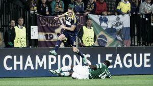 Un error defensivo condena al Sporting en el último minuto