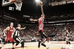 Unos mermados Pelicans conquistan Miami