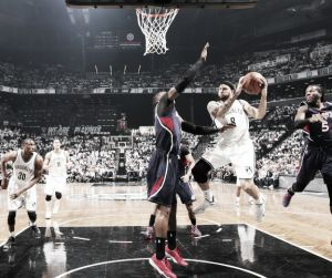 Deron Williams comanda la rebelión de los Nets