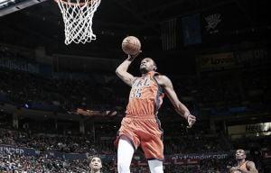 Resumen NBA: OKC y Toronto mantienen su marcha triunfal y Houston vuelve a caer