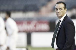 """José Luis Oltra: """"Estamos obligados a ganar fuera y en casa"""""""