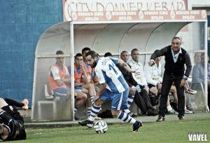 Fotos e imágenes del Real Avilés CF - Real Oviedo CF, segunda jornada del Grupo I de Segunda División B