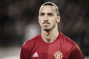 Mourinho confirma que Ibrahimovic voltará aos gramados ainda em 2017