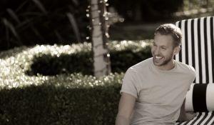 El nuevo álbum de Calvin Harris huele a verano