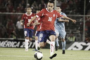 La llamada de Chile acerca a Orellana al Mundial
