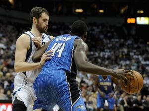 Un gran Kevin Love lidera a los Wolves ante los Magic
