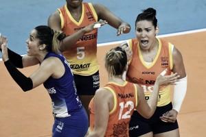 Osasco bate Praia Clube e leva semifinal da Superliga Feminina para o quinto jogo