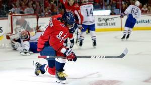 Deux coups du chapeau en deux matchs : Ovechkin dépoussière l'histoire