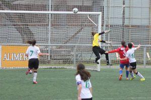 Liga Nacional Femenina: todo igual por arriba; emoción por abajo