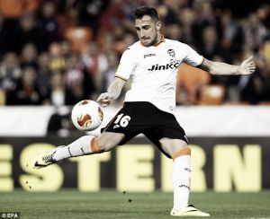 Valencia announce five year deal for Paco Alcacer