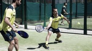 Día diferente en Villarreal: pádel para los jugadores y premios para el club