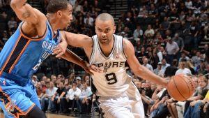 Spurs devastanti, Thunder annichiliti