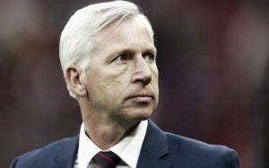 """Alan Pardew: """"Flamini es un objetivo para el Crystal Palace"""""""