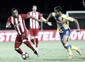 Olympiacos FC - FC Arouca: combate final en El Pireo