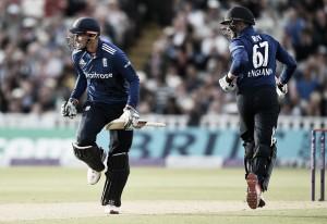 England vs Sri Lanka 2nd ODI: Hales and Roy demolish Sri Lanka as England take lead in ODI series