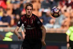 """Milan, Pasalic: """"Qui sto bene, troppo importante tornare in Europa"""""""