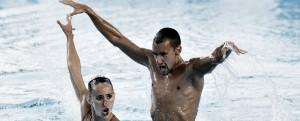 España se estrena en natación artística con un bronce en dúo técnico mixto