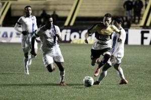 Paysandu surpreende Criciúma fora de casa e volta a vencer após nove jogos na Série B