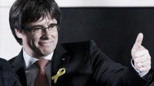 El silencio de Puigdemont y la deriva violenta del 'procés'