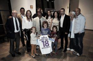 La figura de Pérez Canca, reconocida en un emotivo acto con su familia