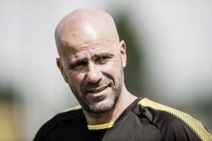 Peter Bosz se muestra cauto ante la situación de Mario Götze