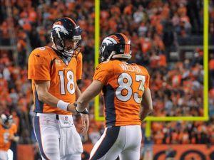Manning da cátedra y Broncos avanza